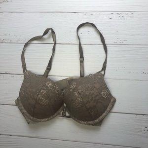 Victoria's Secret Miraculous Plunger bra 34A